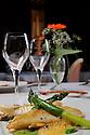 10/05/11 - SAINT PRIEST BRAMEFANT - PUY DE DOME - FRANCE - Chateau de Maulmont, hotel 3 etoiles. Castle of Maulmont in France, french quality hotel. Aiguillette de st pierre doree a la plancha, asperges en 2 facons, quelques coquillages et ecume de poivron - Photo Jerome CHABANNE