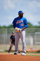 GCL Mets relief pitcher Adonis Uceta (16) gets ready to deliver a pitch during a game against the GCL Cardinals on August 6, 2018 at Roger Dean Chevrolet Stadium in Jupiter, Florida.  GCL Cardinals defeated GCL Mets 6-3.  (Mike Janes/Four Seam Images)