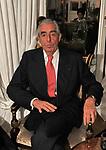 """MARIO D'URSO<br /> PREMIERE """"BACIAMI ANCORA"""" DI GABRIELE MUCCINO  - RICEVIMENTO AL HOTEL MAJESTIC  ROMA 2010"""