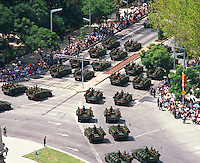 aerial photograph of military tanks on  La Reforma participating in the Independence Day Parade, Mexico City | fotografía aérea de tanques militares en La Reforma participando en el Desfile del Día de la Independencia, Ciudad de México