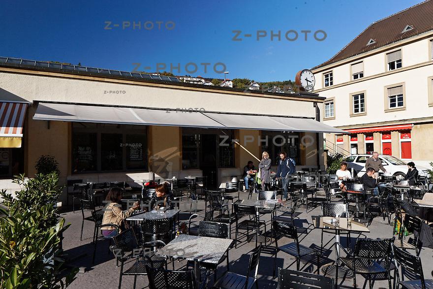Geschaefte Bahnhof Neuchatel am 26. Oktober 2011<br /> Mehr Bahnhof fuer SBB Immobilien<br /> <br /> Copyright © Zvonimir Pisonic / SBB CFF FFS