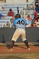 Derek Farley (40) (SouthLake Christian HS) of the Dry Pond Blue Sox at bat against the Mooresville Spinners at Moor Park on July 2, 2020 in Mooresville, NC.  The Spinners defeated the Blue Sox 9-4. (Brian Westerholt/Four Seam Images)