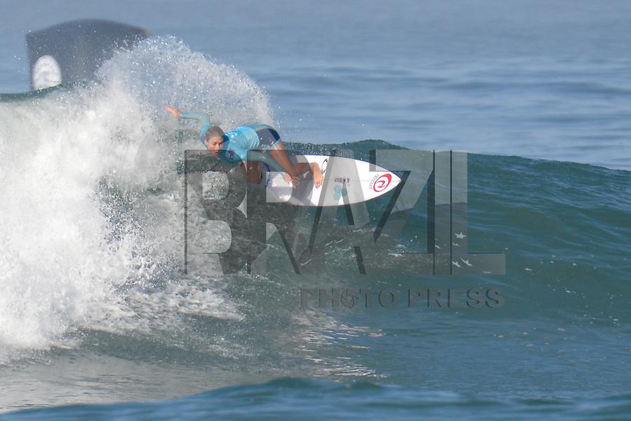 SAQUAREMA, RJ, 16.05.2018 - WSL-RJ - Nikki Van Dijk, no Oi Rio Pro etapa da WSL na Praia de Itaúna, Saquarema, Rio de Janeiro nesta quarta-feira, 16.(Foto: Clever Felix/Brazil Photo Press)