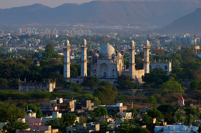 Aurangabad the Bibi-ka-Maqbara, India replica of the famous Taj mahal Mugal archutecture build in 1678 by Aurangzeb's son in memory of his mother Bgum Rabia Durani, India