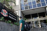 22.10.2018 - Policiais civis de São Paulo são presos após troca de tiros com policiais de MG