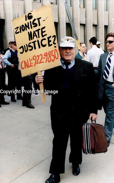 1997 File -<br /> <br /> Holocaust denier Ernst Zundel<br /> <br /> Photo : Boris Spremo - Toronto Star archives - AQP