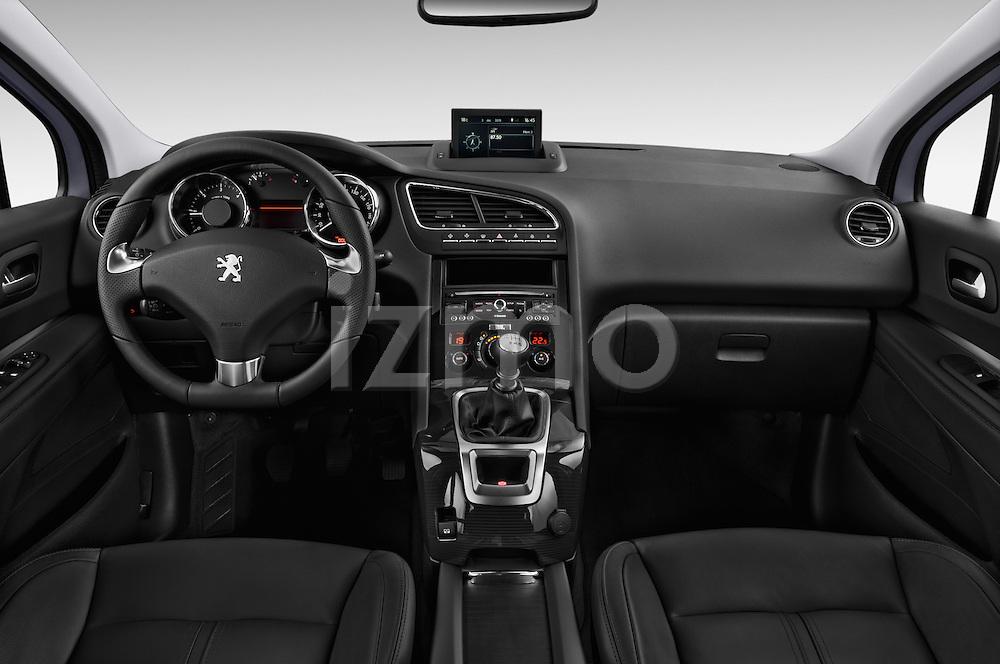 Straight dashboard view of a 2014 Peugeot 5008 Allure 5 Door Mini Mpv 2WD.