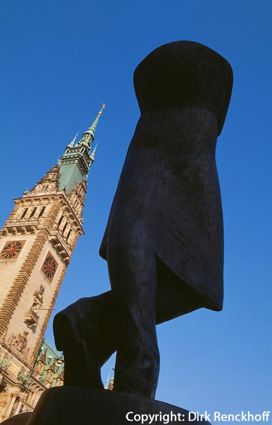 Deutschland, Hamburg, Heine-Denkmal vor Rathaus