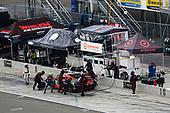 #76: Compass Racing Acura NSX GT3, GTD: Jeff Kingsley, Mario Farnbacher. pit stop