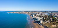 France, Vendee, Saint Gilles Croix de Vie, seaside resort and La Vie river (aerial view) // France, Vendée (85), Saint-Gilles-Croix-de-Vie, station balnéaire et la rivière La Vie (vue aérienne)