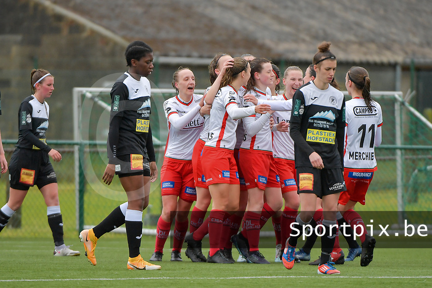 Zulte players celebrate their team's second goal during a female soccer game between SV Zulte - Waregem and Eendracht Aalst on the 9 th matchday in play off 2 of the 2020 - 2021 season of Belgian Scooore Womens Super League , saturday 22 nd of May 2021  in Zulte , Belgium . PHOTO SPORTPIX.BE   SPP   DIRK VUYLSTEKE