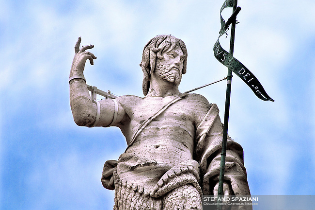 Statue of Saint John Baptist, St Peter's Basilica at the Vatican    .18/11/2009        .