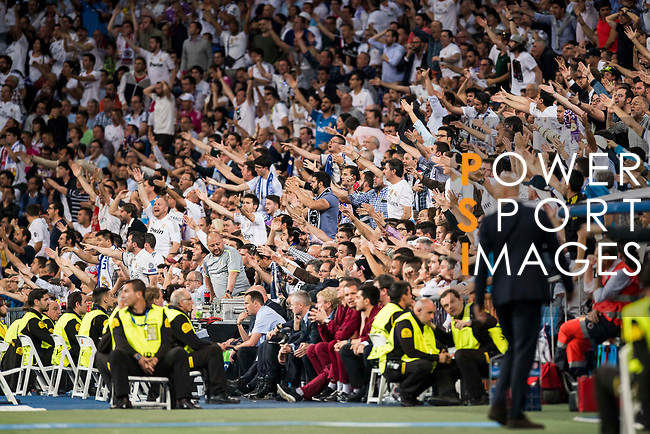 Fans of Real Madrid react during their 2016-17 UEFA Champions League Quarter-finals second leg match between Real Madrid and FC Bayern Munich at the Estadio Santiago Bernabeu on 18 April 2017 in Madrid, Spain. Photo by Diego Gonzalez Souto / Power Sport Images