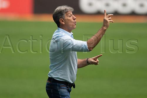 18th November 2020; Arena de Gremio, Porto Alegre, Brazil; Brazil Cup, Gremio versus Cuiaba; Gremio manager Renato Gaúcho sends in instructions to his players