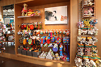 The store of the Wag Hotel in San Francisco, CA, on Sunday, May 13, offers hard-to-find brands of clothing accessories; edible items, toys and bedding for dogs.The Wag hotel, a luxury resort for dogs, opened in San Francisco on Saturday, May 12, 2007. It offers over 230 rooms and suites specifically designed for its four-legged guests as well as spa services such as pedicures, facials, massage and grooming. <br /> <br /> <br /> <br /> <br /> <br /> (Bildtechnik: sRGB, <br /> <br /> 32.03 MByte vorhanden)