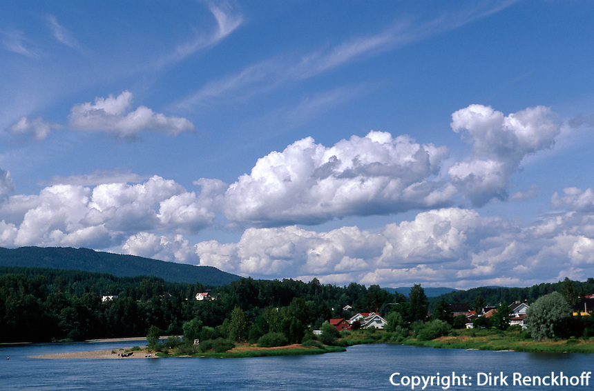 Hokksund bei Oslo, Fluss Drammenselva, Norwegen