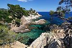 France, Provence-Alpes-Côte d'Azur, near Cavalaire-sur-Mer: Calanques du Layet | Frankreich, Provence-Alpes-Côte d'Azur, bei Cavalaire-sur-Mer: Calanques du Layet