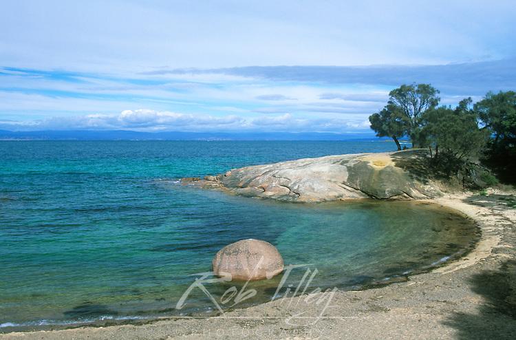 Australia, Tasmania, Freycinet NP, Half Moon Bay