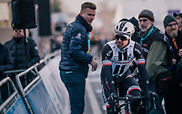 Michael Matthews (AUS/Sunweb) rolling in after having crashed earlier (and being attributed a 'DNF' because of entering after the time-slot)<br /> <br /> Omloop Het Nieuwsblad 2018<br /> Gent › Meerbeke: 196km (BELGIUM)