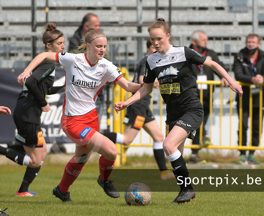 Lotte De Wilde (19) of Zulte Waregem and Loes Van Mullem (33) of Eendracht Aalst pictured during a female soccer game between Eendracht Aalst and SV Zulte Waregem on the fourth matchday of play off 2 of the 2020 - 2021 season of Belgian Scooore Womens Super League , Saturday 1 st of May 2021  in Aalst , Belgium . PHOTO SPORTPIX.BE   SPP   DIRK VUYLSTEKE