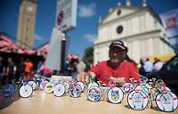 2013 Giro d'Italia.stage 10..creative cycling fan.