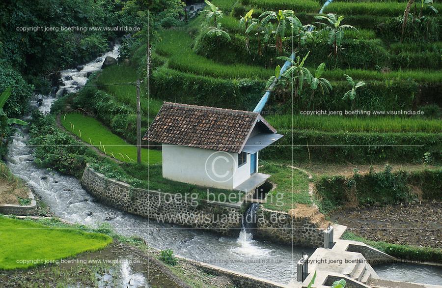INDONESIA, Java, Malang, mini-hydro power station with Entec turbine for rural electrification in village / INDONESIEN Java, Mini-Wasserkraftwerk zur Energieerzeugung in einem Dorf
