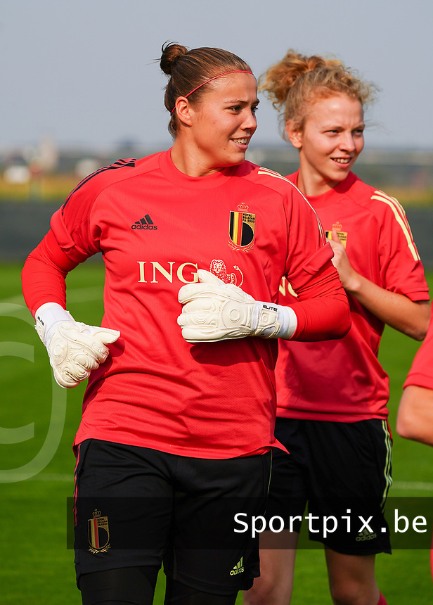 20200911 - TUBIZE , Belgium : Goalkeeper Justien Odeurs during a training session of the Belgian Women's National Team, Red Flames , on the 11th of September 2020 in Tubize. PHOTO SEVIL OKTEM | SPORTPIX.BE