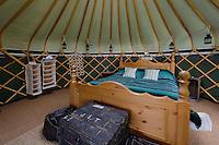 Jurten-Hotel Jersey Yurt Holidays in St. Aubin, Insel Jersey, Kanalinseln