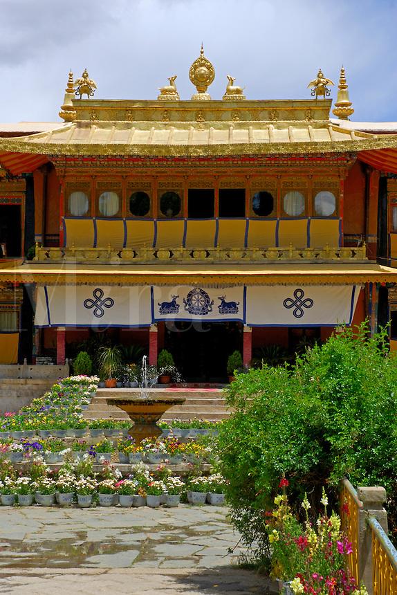 Takten Migyur Potrang, or New Summer Palace of the 14th Dalai Lama, at Norbulingka, founded by the 7th Dalai Lama in 1755, Lhasa, Tibet, China.