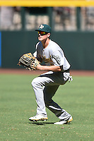 Oakland Athletics outfielder Tyler Marincov (18) during practice before an Instructional League game against the Arizona Diamondbacks on October 10, 2014 at Chase Field in Phoenix, Arizona.  (Mike Janes/Four Seam Images)