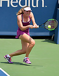 August 14,2019:   Ekaterina Alexandrova (RUS loses to Simona Halep (ROU) 3-6, 7-5, 6-4, at the Western & Southern Open being played at Lindner Family Tennis Center in Mason, Ohio.  ©Leslie Billman/Tennisclix/CSM