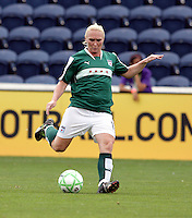 Chicago Red Star midfielder Frida Ostberg (18) sends in a cross.  The Washington Freedom defeated the Chicago Red Stars 3-2 at Toyota Park in Bridgeview, IL on July 26, 2009.