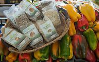 La coltura della canapa in Italia.<br /> Carmagnola(TO)<br /> Prodotti con base canapa, semi