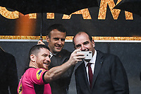 Referee takes a selfie with French President Emmanuel MACRON and Prime Minister Jean CASTEX during the Top 14 Final match between Toulouse and La Rochelle at Stade de France on June 25, 2021 in Paris, France. (Photo by Anthony Dibon/Icon Sport) - Emmanuel MACRON - Jean CASTEX - Stade de France - Paris (France)