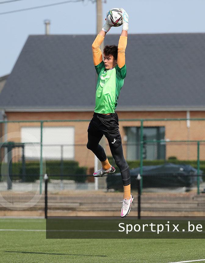 goalkeeper Timon Vanhoutte (1) of Anderlecht catches a high ball during the warm up before a friendly soccer game between K Londerzeel SK and RSC Anderlecht Reserves during the preparations for the 2021-2022 season , on Wednesday 21st of July 2021 in Londerzeel , Belgium . PHOTO SEVIL OKTEM | SPORTPIX