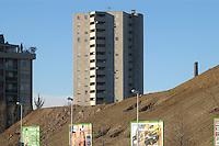 - palazzi per abitazione nel nuovo quartiere di Bicocca....- residence buildings in the new Bicocca district..