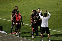 Campinas (SP), 14/08/2020 - Ponte Preta - Vitória-BA - Rafael Carioca comemora gol do Vitoria. Partida entre Ponte Preta e Vitória-BA pelo Campeonato Brasileiro 2020 da serie B, nesta sexta-feira (14), no Estádio Moisés Lucarelli, em Campinas (SP).