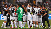 Calcio, Supercoppa di Lega: Juventus vs Lazio. Roma, stadio Olimpico, 18 agosto 2013<br /> Juventus players celebrate at the end of the Italian League Supercup football final match between Juventus and Lazio, at Rome's Olympic stadium,  18 August 2013. Juventus won 4-0.<br /> UPDATE IMAGES PRESS/Riccardo De Luca