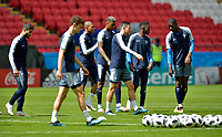 KAZAN - RUSIA, 15-06-2018: Jugadores de Francia, durante entrenamiento del equipo frances como parte de la Copa Mundo FIFA 2018 Rusia. / Players of France in a training at Kazan Arena as part of the 2018 FIFA World Cup Russia. Photo: VizzorImage / Julian Medina / Cont