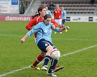 Finale Beker van West-Vlaanderen Dames : FC Menen United - KEG Gistel : Shannen Holvoet (r) in duel met Evelyn Declerck (l) <br /> foto VDB / BART VANDENBROUCKE