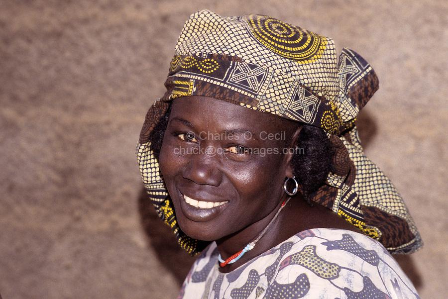 Near Bankilare, southwestern Niger - Bella Woman