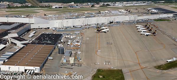 aerial photograph,Worldport, UPS air hub,  Louisville International Airport, Sandiford Field, SDF, Louisville, Kentucky