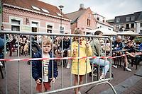 young fans at the start<br /> <br /> Heylen Vastgoed Heistse Pijl 2021 (BEL)<br /> One day race from Vosselaar to Heist-op-den-Berg (BEL/193km)<br /> <br /> ©kramon