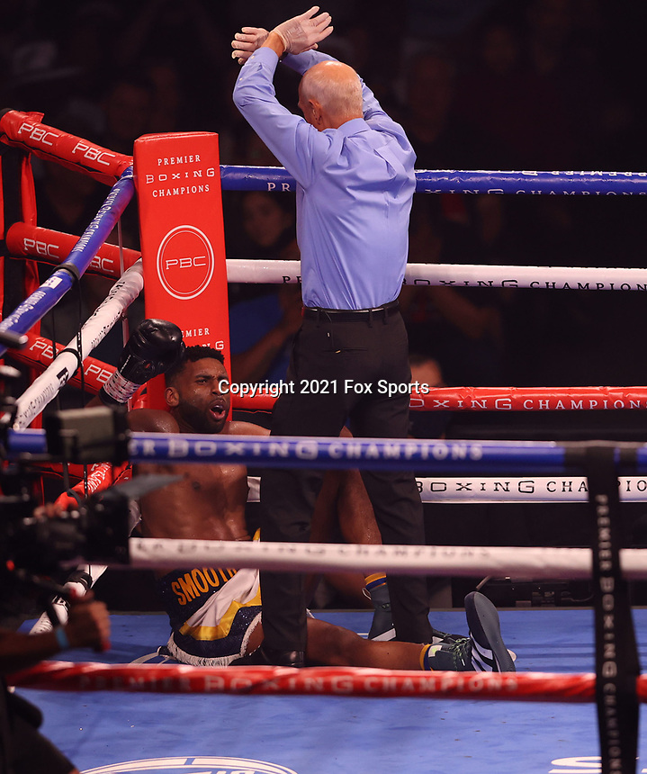 MINNEAPOLIS, MN - JUNE 27: Atif Oberlton (3-0, 3 KOs) scored a technical knockout over Jasper McCargo (4-2-2, 2 KOs) on the Fox Sports PBC fight at The Armory on June 27, 2021 in Minneapolis, Minnesota. (Photo by Carlos Gonzalez/Fox Sports/PictureGroup)