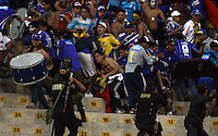 TRUJILLO- PERU - 28-08-2014: Hinchas de Millonarios de Colombia durante partido de vuelta entre Universidad Cesar Vallejo de Peru y Millonarios de Colombia de la primera  fase, llave 14 de la Copa Total Suramericana en el estadio Mansiche, de, de la ciudad de Trujillo.  / Fans of Millonarios of Colombia during a match of the second leg between Universidad Cesar Vallejo of Peru and Millonarios of Colombia for the first phase, key 14 of the Copa Total Suramericana in the Mansiche stadium in Trujillo city. Photos: Diario Libero / Photogamma / VizzorImage.