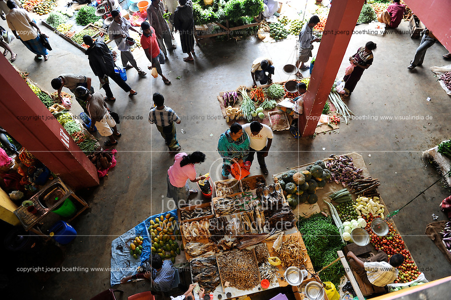 Sri Lanka Trincomalee, market hall at bus stand / Markthalle am Busbahnhof