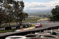V8 Supercars 'The Great Race' at the Supercheap Auto Bathurst 1000, Mount Panorama Raceway