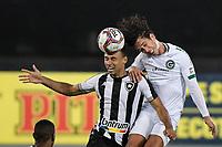 Rio de Janeiro (RJ), 20/07/2021 - BOTAFOGO-GOIÁS -  Nicolas (d) e Gilvan (e), do Botafogo. Partida entre Botafogo e Goiás, válida pela Série B do Campeonato Brasileiro, realizada no Estádio Nilton Santos, nesta terça-feira (20).