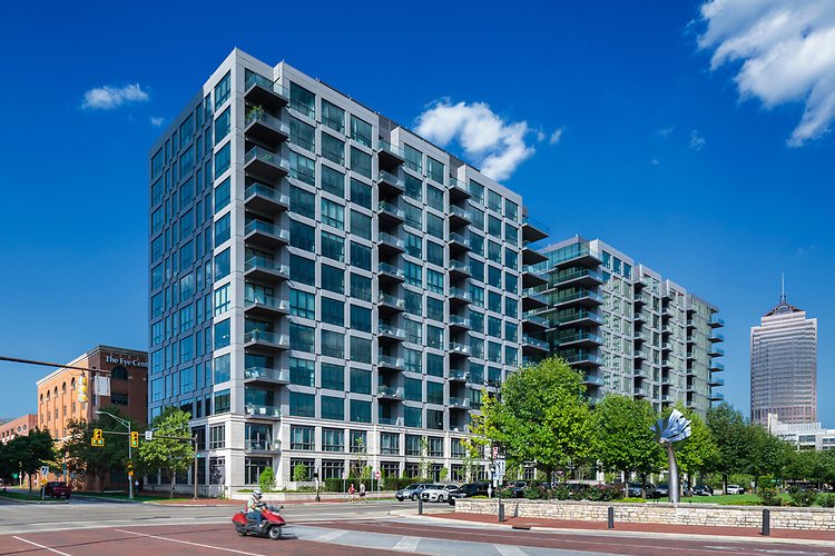 Parks Edge Condominiums   Nationwide Realty Investors, Columbus Architectural Studio and Messer Construction