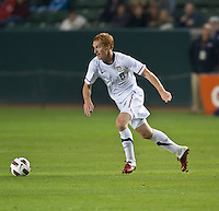 CARSON, CA – JANUARY 22: USA midfielder Jeff Larentowicz (8) during the international friendly match between USA and Chile at the Home Depot Center, January 22, 2011 in Carson, California. Final score USA 1, Chile 1.
